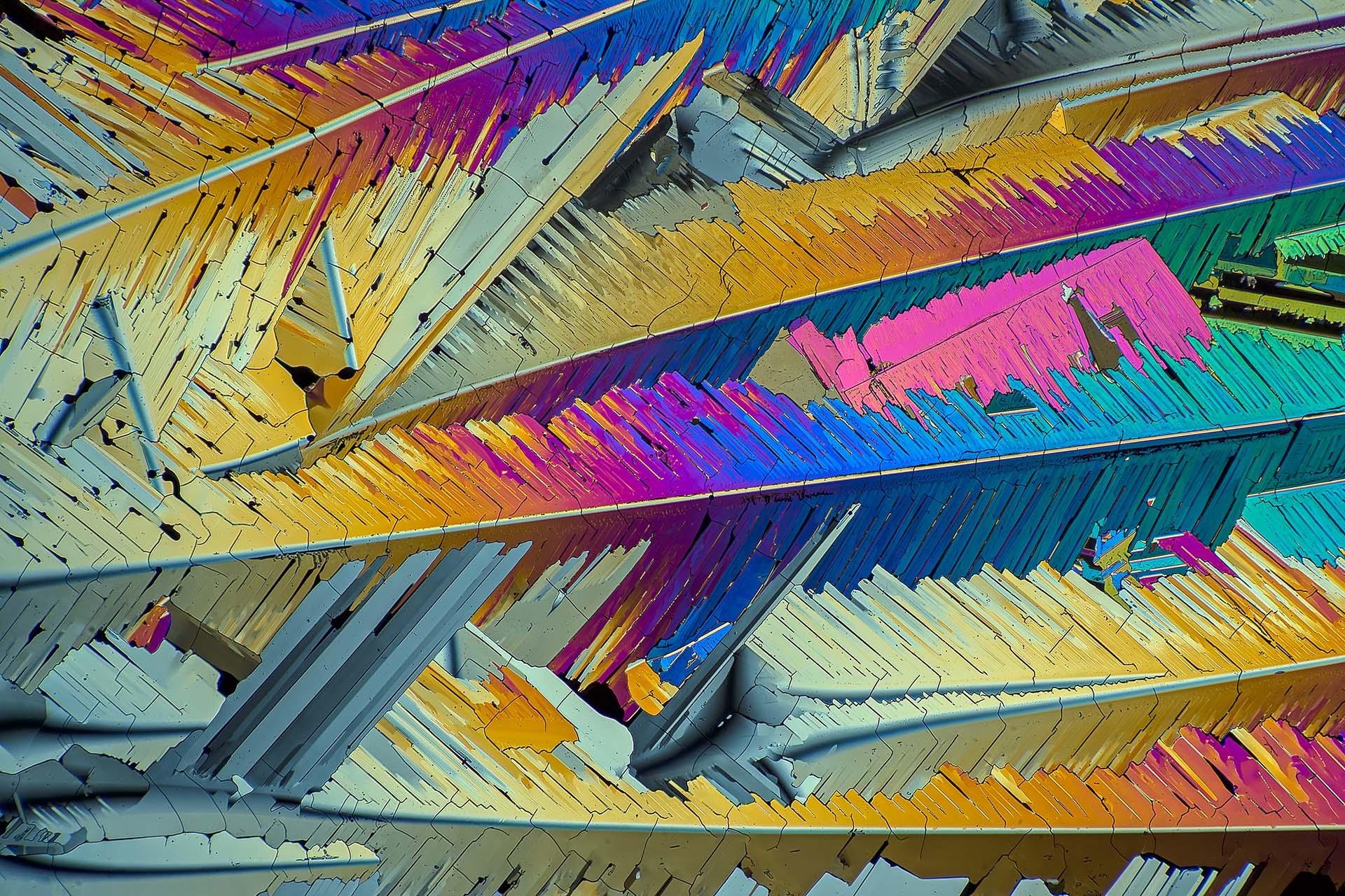 Schwefel in einer Vergrößerung von 120:1, Mikro Kristall im polarisierten Licht.